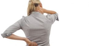 Ce declanşează durerile de spate