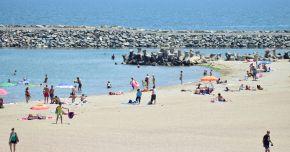 La plajă, cu reguli noi şi fără aglomeraţie. Cum ne bronzăm vara aceasta, pe litoral