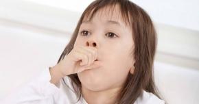 Schimbările bruşte de temperatură ameninţă sănătatea. Trecerea de la cald la frig, risc mare de boli respiratorii