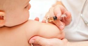Suntem pe primele locuri la cazurile  de hepatită B şi C. Vaccinul pentru  nou-născuţi  ar putea lipsi tot anul