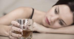 Alcoolul, duşmanul bolnavilor cu hepatită