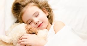 Odihna şi mâncarea de calitate întăresc sistemul imunitar al copiilor