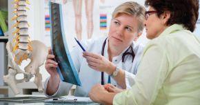Mişcarea în aer liber poate preveni apariţia osteoporozei