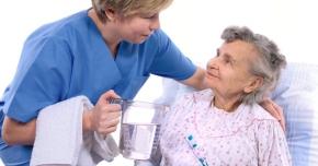 Pacienţii vârstnici, predispuşi la boli de rinichi