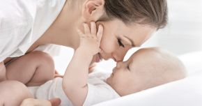 De ce este bine ca bebeluşul să intre în contact cu pielea mamei