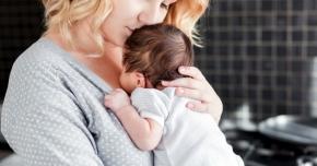 De ce au probleme femeile cu tiroida după naştere