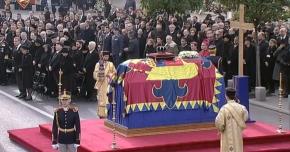 UPDATE. GALERIE FOTO / Regele Mihai, condus astăzi pe ultimul drum