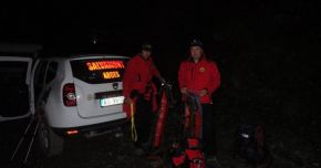 Alertă la Salvamont! Doi alpinişti, TATĂ ŞI FIU, dispăruţi pe munte