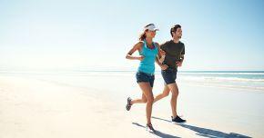 Sporturi şi activități care ne mențin în formă pe timp de vară