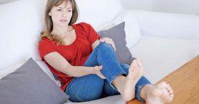 Umflarea picioarelor, un semn de alarmă a corpului