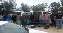 Zece persoane din Irak şi Pakistan, prinse când încercau să intre ilegal în România