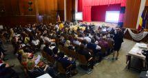 GALERIE FOTO / Directorii de unităţi de învăţământ din Constanţa, şedinţă cu conducerea ISJ