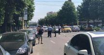 GALERIE FOTO / Accident rutier în cartierul Tomis 3. Patru mașini, avariate