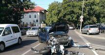 GALERIE FOTO / ACCIDENT ÎN CONSTANȚA. Motociclist lovit în plin de o mașină pe strada Traian