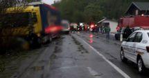 Şapte victime, după ce un autoturism a fost lovit de un TIR