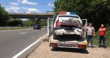 O mașină de poliție ce a intervenit la o tentativă de suicid, lovită de un șofer neatent
