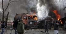 ATAC SINUCIGAŞ cu BOMBĂ la Kabul. Vizat, un convoi NATO: cel puţin 5 victime