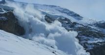 TRAGEDIE LA INDIGO! Şapte oameni ucişi de o AVALANŞĂ. Echipele de salvare încearcă să scoată dispăruţii de sub zăpadă