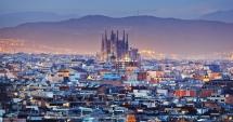 Tensiunile escaladează la Barcelona. Turiștii, atacați de către localnici cu ouă