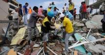Cutremur �n Ecuador: Un b�rbat de 72 de ani, salvat de sub d�r�m�turi dup� 13 zile
