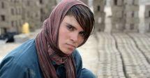 Povestea emoţionantă a fetei din Afganistan forțate de părinți să ducă o viaţă de băiat