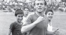 Moment emoționant la Craiova, după moartea lui Ilie Balaci. Suporterii au aruncat pe teren mii de trandafiri albi