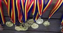 Haltere: Șapte medalii de aur pentru români, în prima zi a Europenelor Under-15 și Under-17