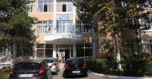 """Elevii de la """"Călinescu"""", ghidaţi către Facultatea de Litere"""