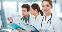 Atenţie absolvenţi! Când are loc simularea admiterii la facultăţile cu profil medical