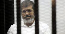 Fostul preşedinte egiptean Mohamed Morsi a murit în sala de tribunal