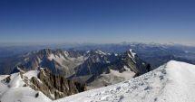 Decizie radicală. Vârful Mont Blanc nu va mai fi escaladat în perioada următoare