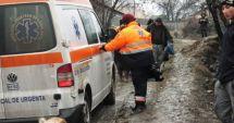 Tragedie! Un bărbat de 51 de ani a murit după ce ambulanța a rămas împotmolită în noroi