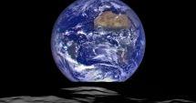"""Studiu NASA: Pământul """"se clatină"""" din cauza unei suprasarcini laterale"""