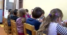 COPII ÎNJURAŢI ŞI BLESTEMAŢI CA LA UŞA CORTULUI, LA GRĂDINIŢĂ / Educatoarea acuzată, pusă în faţa probelor audio. Prima reacţie