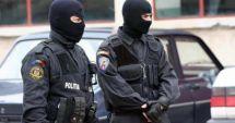 PERCHEZIŢII DE AMPLOARE! Se lucrează pentru DESTRUCTURAREA UNEI GRUPĂRI SPECIALIZATE ÎN CRIMINALITATE ORGANIZATĂ
