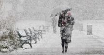 ATENŢIONARE METEOROLOGICĂ. Se întoarce iarna: cod galben de ninsori şi vânt puternic