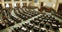 Senatorii au adoptat şi OUG de plafonare a pensiilor speciale