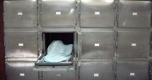 CAZ TRAGIC! O copilă de 2 ani, lăsată nesupravegheată, A MURIT SPÂNZURATĂ cu gluga de la hanorac