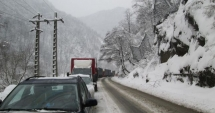 Circulaţia este îngreunată din cauza ninsorilor în nordul şi centrul ţării