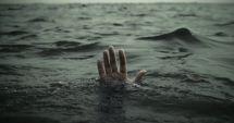 Tragedie. Un copil de 14 ani s-a înecat în timp ce era cu prietenii la scăldat