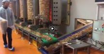 VIDEO. Rămâi cu gura căscată! Cum se prepară shaorma în alte colţuri ale lumii
