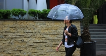Furtuni şi ploi la Constanţa. ANM a prelungit codul galben de averse
