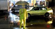 """""""Omul galben"""" din Aleppo. Povestea bărbatului care poartă aceeaşi culoare de o viață"""