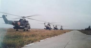 Patru Doamne şi toţi patru:  elicopter doborât - echipaj martir!