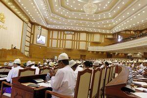 Cenzura media, abolită oficial  în Myanmar