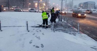 GALERIE FOTO / Circulația în municipiul Constanța se desfășoară în condiții de iarnă!