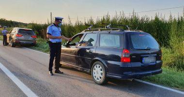 PERICOLE PE ȘOSELE: șoferi beți și cu permisele auto suspendate, trași pe dreapta de Poliție!