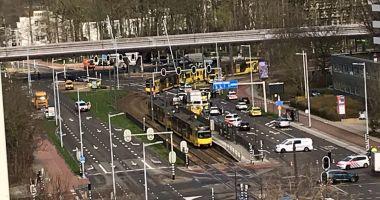 Împuşcături la Utrecht, sunt mai multe victime. Un bărbat a deschis focul în tramvai