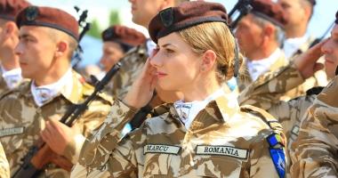 Foto : MApN: Avansările în grad ale militarilor, după noi REGULI. Guvernul vrea să modifice Ghidul Carierei Militare