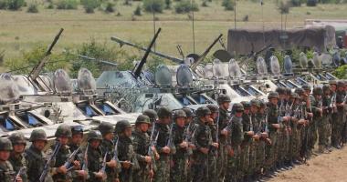 Foto : Nu poţi trimite la război un soldat plătit mai prost decât o femeie de serviciu. Statul trebuie să-şi respecte militarii!